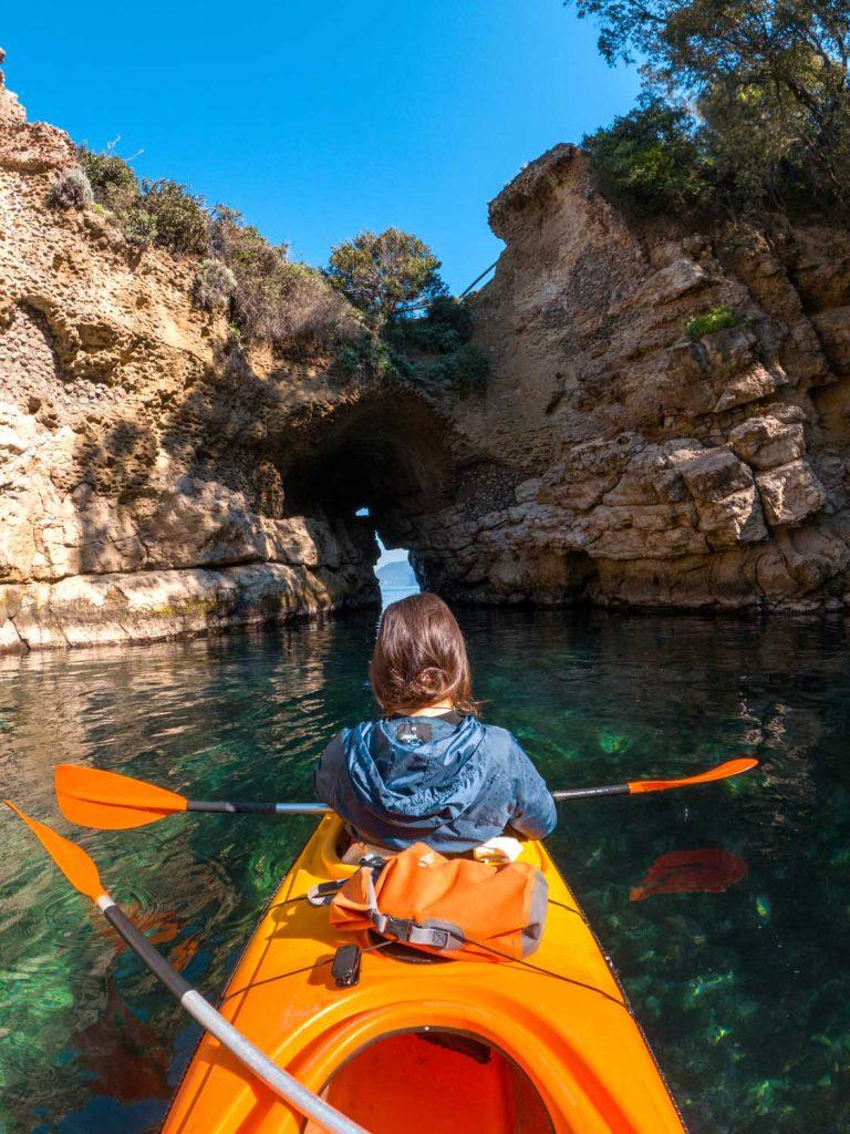 Kayak tour Bagni della Regina Giovanna